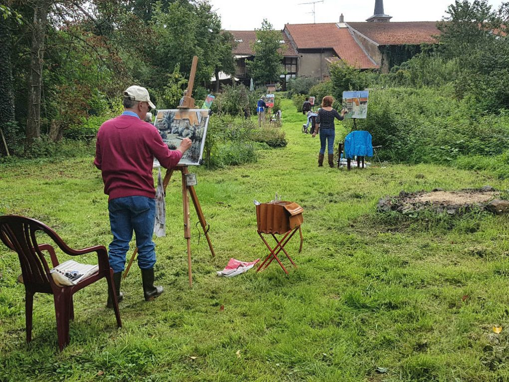 Heerlijk schilderen in de grote tuin schildercursus Frankrijk